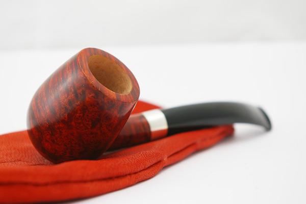 Классическая курительная трубка